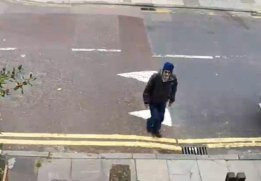 R726-18Greenwich suspect1